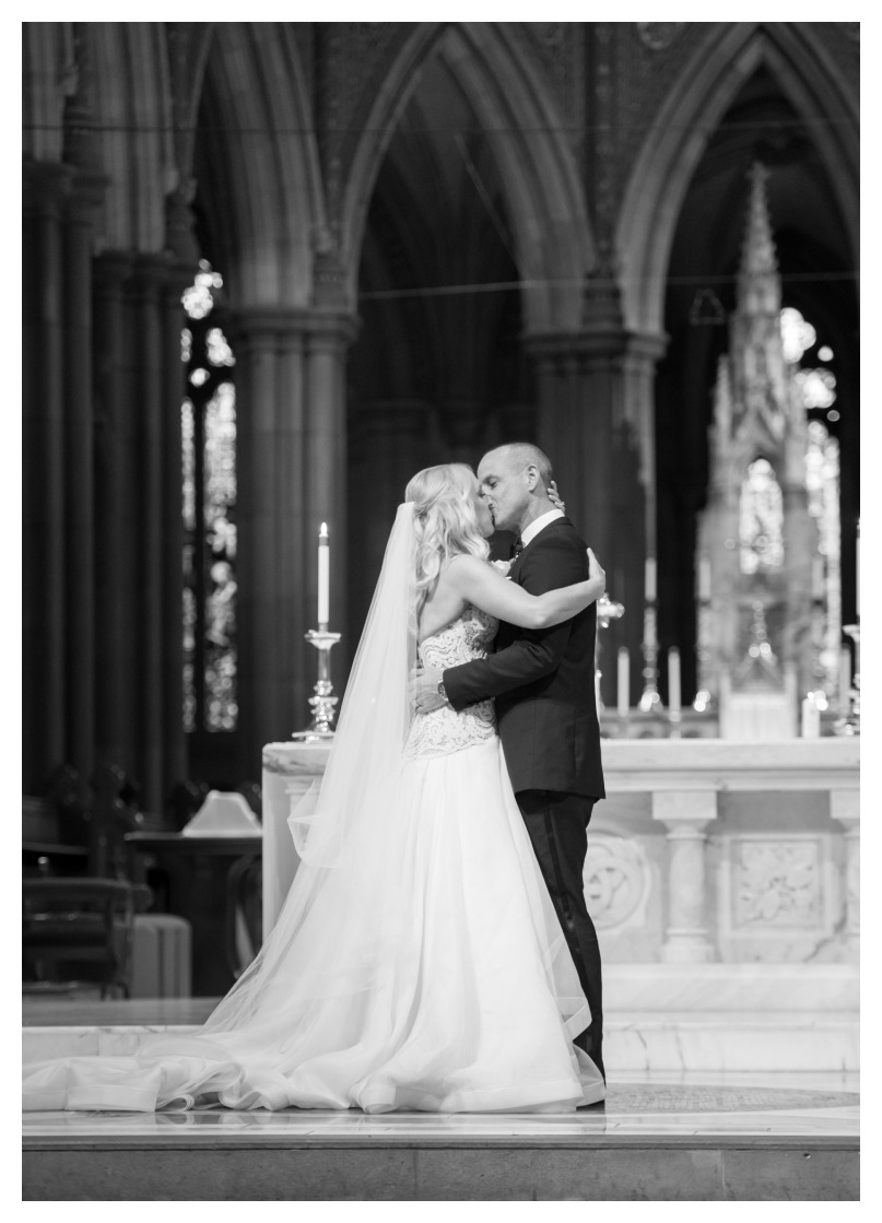 first kiss, st patrick's cathedral, melbourne church photography