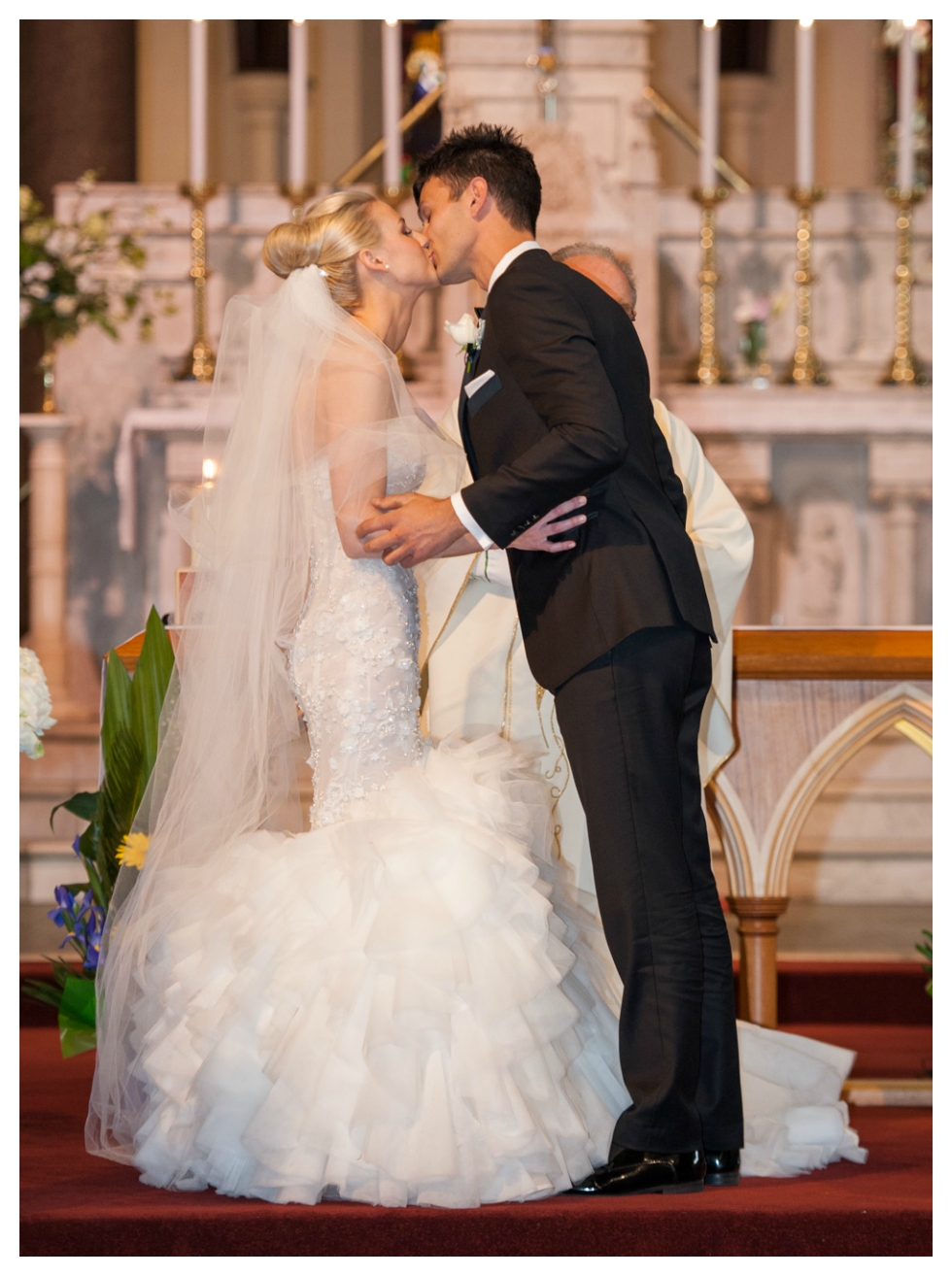 first kiss, saint ignatius, steven khalil, richmond wedding photographer
