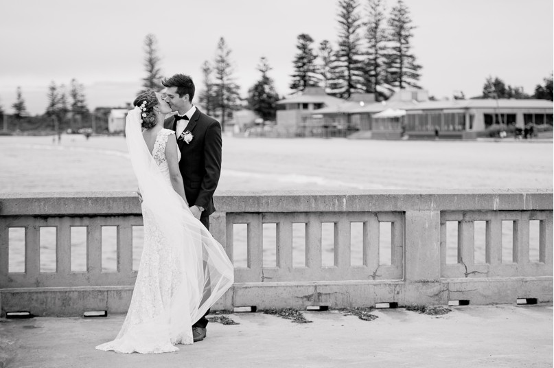 sails on the bay wedding photographer, melbourne wedding photographer